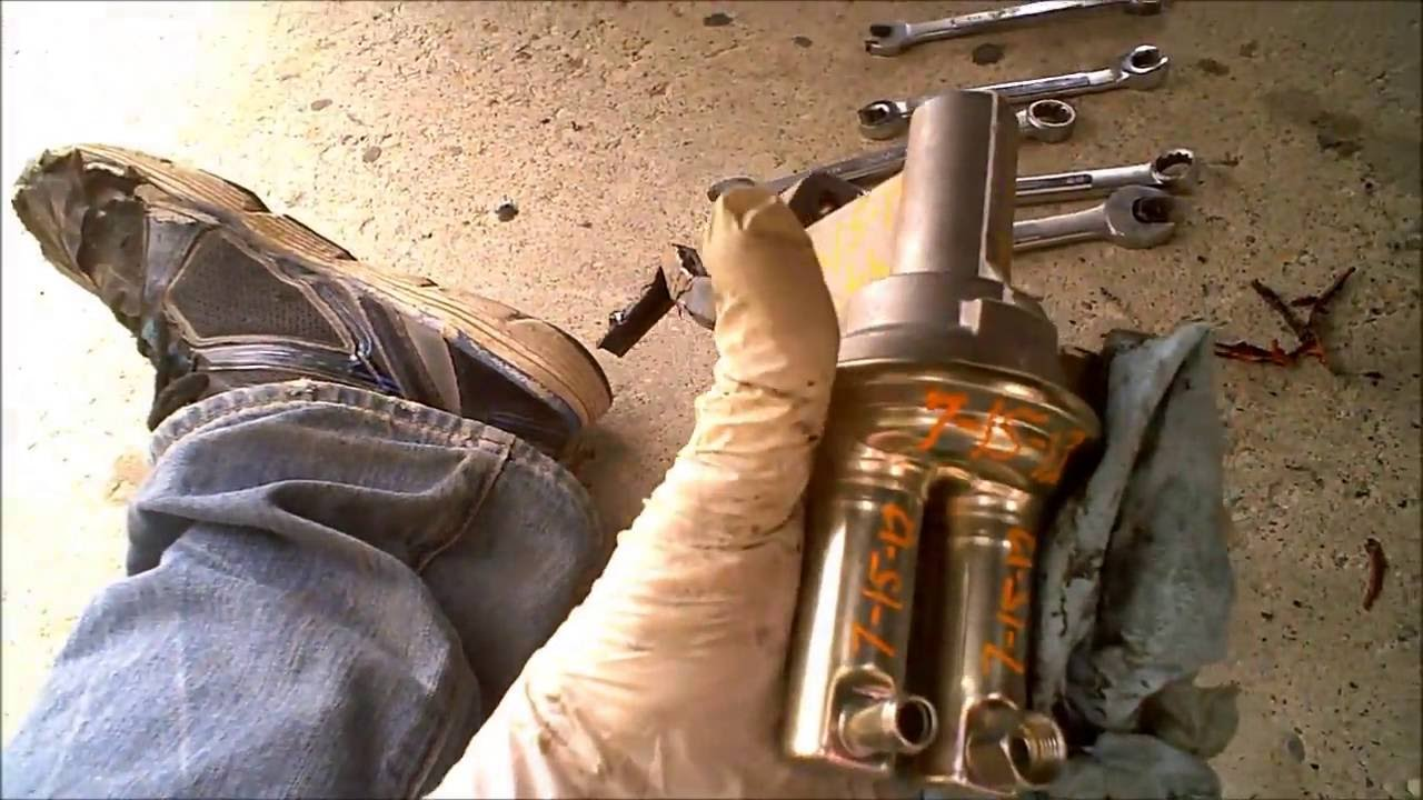 mechanical fuel pump replacement ford 351m 400 [ 1280 x 720 Pixel ]