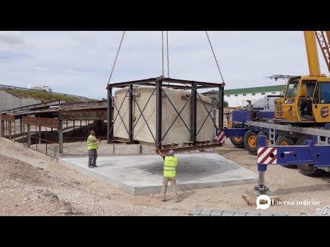 VÍDEO: Trasladan al yacimiento de Los Tejares el horno romano encontrado en la variante de Lucena