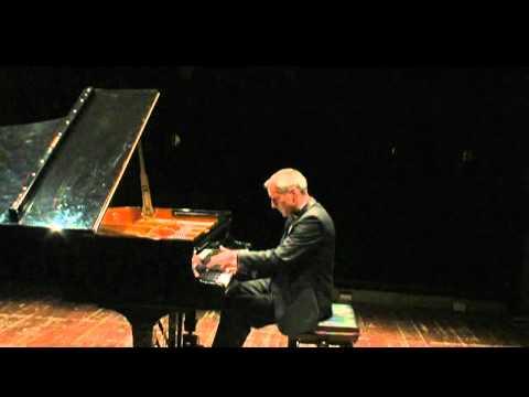 Debussy - Pour les tierces - Aleksandar Madzar