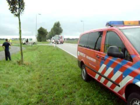 Aanrijding met gewonden in Andijk ( 30-09-09 )