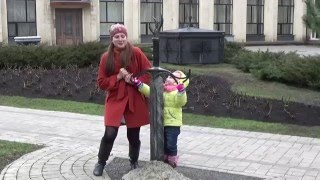 Парк Кованных фигур! Прогулки по городу! Видео для мальчиков и девочек(Всем привет!!! Вы находитесь на детском видео канале «Малышка Евгения»! На моем канале выходят детские видео..., 2016-03-14T19:02:25.000Z)