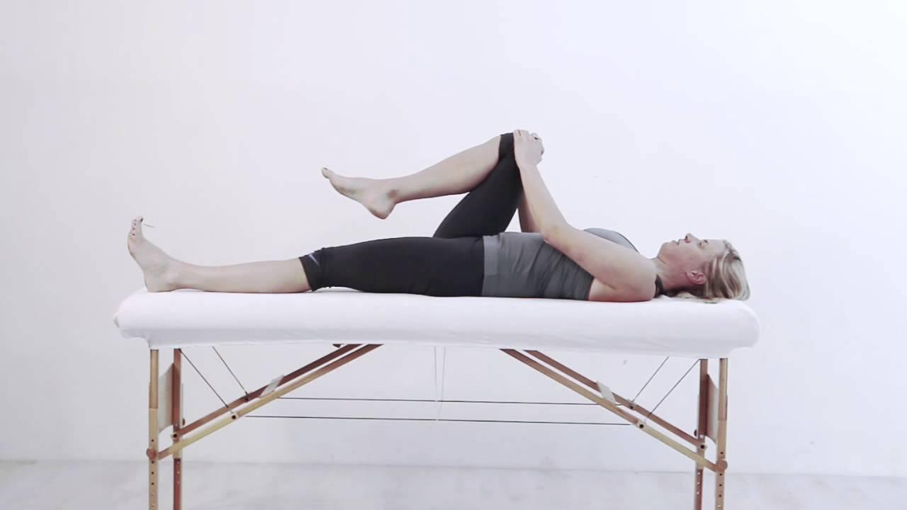 physiotherapie hannover mobilisation des beckens rechts youtube. Black Bedroom Furniture Sets. Home Design Ideas