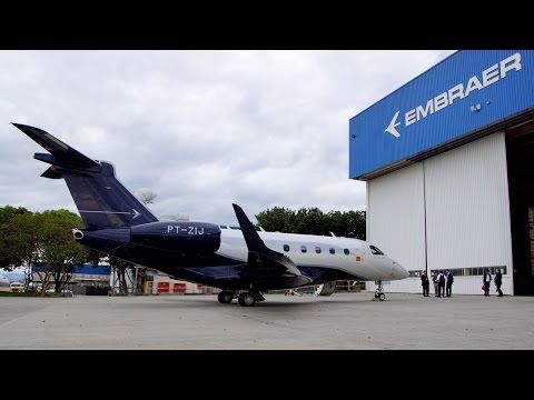 Fly-by-Wire Steep Approach in the Embraer Legacy 450 Business Jet – AINtv