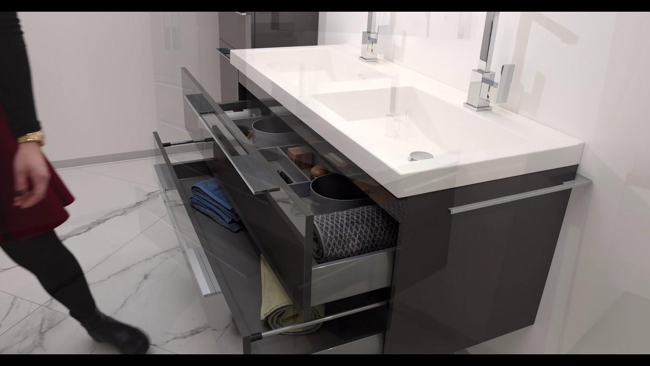 Design Badezimmer Set mit LED Lichtspiegel und Doppelwaschtisch ...
