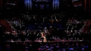 Grace Fong Performs Mozart's K. 467 in the United Kingdom
