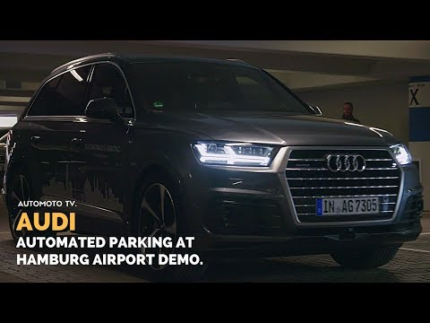Audi Q7 | Autonomous parking at Hamburg Airport.