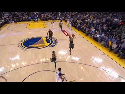 Speights and Barbosa Connect on Buzzer Beating Touchdown