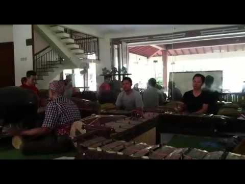 Ladrang Arjuna Mangsah - Samurti Andaru Laras
