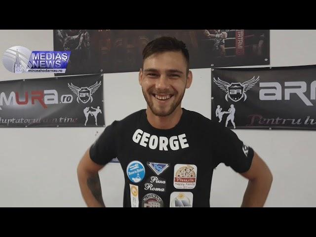 George Voicu - Dragon Fight Academy Kickboxing Medias