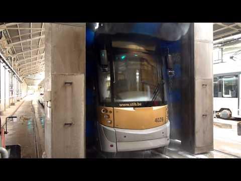 4028 au Tram-wash