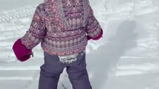 видео Именинница Ксения Собчак показала детскую фотографию с родителями