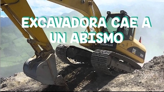 3be25d252a7 Operador desecha su excavadora Caterpillar.