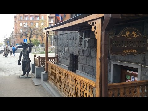 Yerevan, 17.04.17, Mo, Video-1, Paronyan Poghotcum