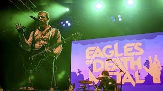 Les Eagles Of Death Metal interrompent leur tournée européenne