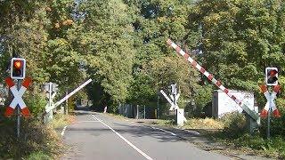 Spoorwegovergang Gronau (D) // Railroad crossing // Bahnübergang