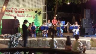 Hát mãi khúc quân hành - Thầy Vinh hát - Linh Bui guitar nhóm