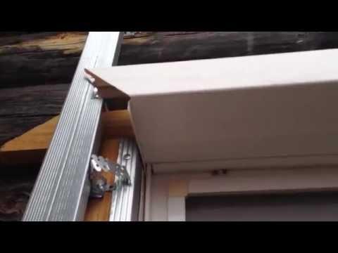 видео: Как обшить окно (проём) сайдингом - как зарезать околооконный профиль