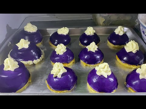 ube-(yam)-dome-with-custaroon-(custard-macaroon)-base