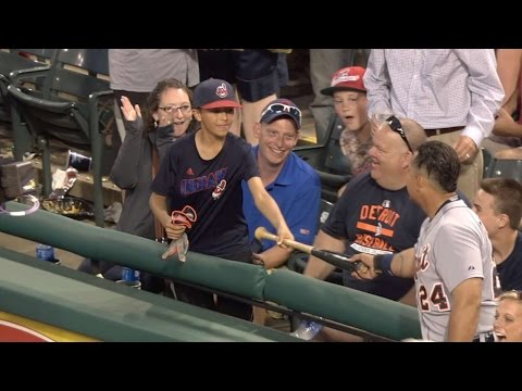 DET@CLE: Young fan on bat, gloves he got from Miggy