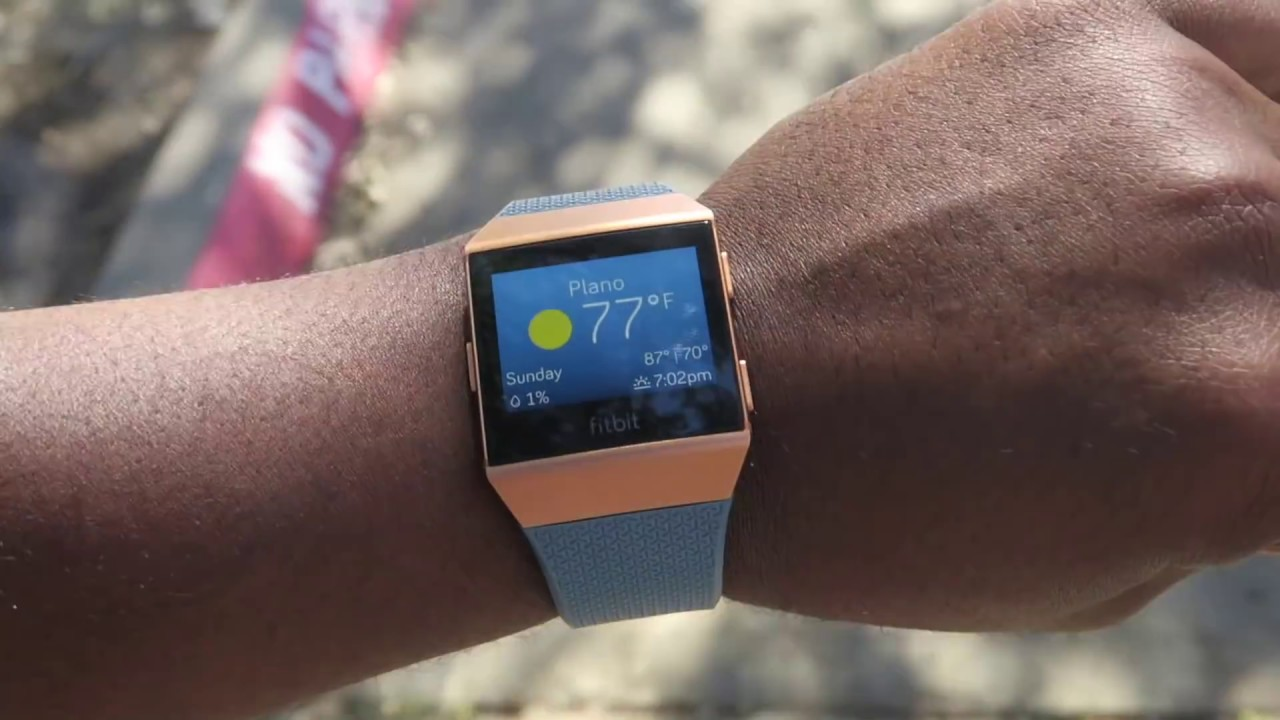 Fitbit Ionic Review 5 Things You Should Know Youtube Charcoal Smoke Gray