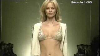 Repeat youtube video Sexy Catwalk Top Models 05