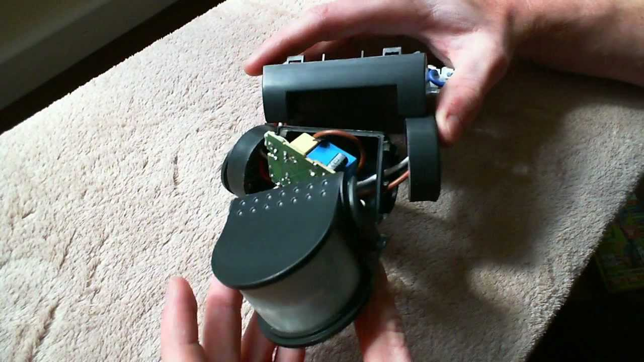 & HELP - Faulty security light PIR sensor - YouTube