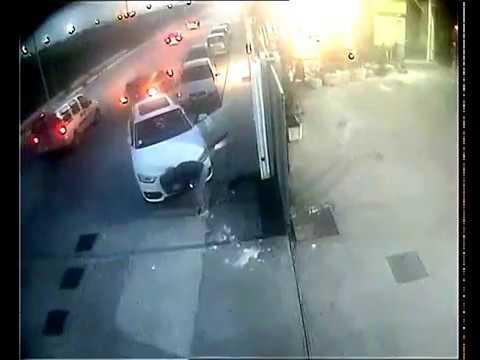 FURTO DI AUTO - Audi Q3 ladri in azione - INCREDIBILE
