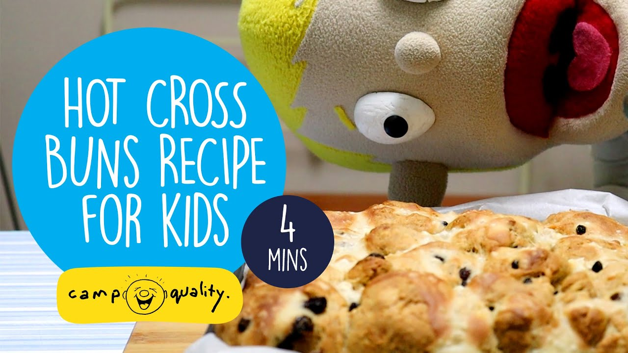 Make Hot Cross Buns With Dean The Puppet