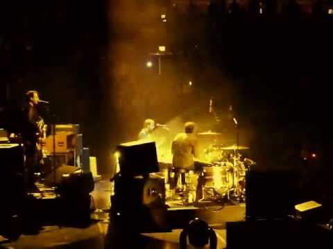 The Black Keys - Nova Baby - Live at the United Center in Chicago
