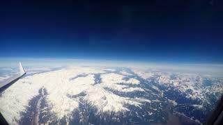 飛行機の窓からの景色 アルプス雪山飛行 アンコナ-ミュンヘン LUFTHANSA CRJ900  4K タイムラプス