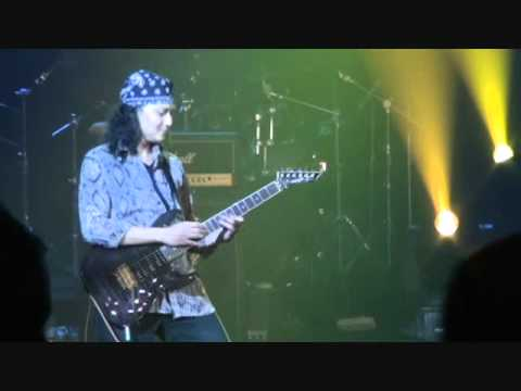 Edo Widiz  Solo Guitar At RRI Jkt.wmv