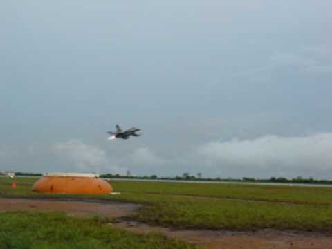F-16 Low pass Venezuela Air force