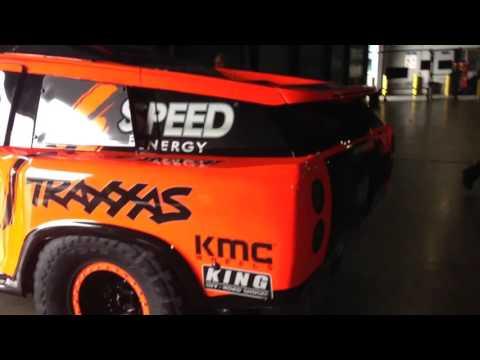 Dakar Rally Robby Gordon - Gordini At The Airport