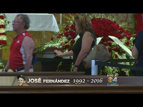 Jose Fernandez Fans Continue Paying Respects At His Open Viewing
