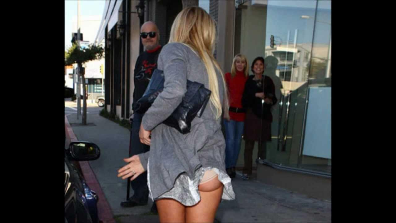 Lindsay Lohan Photo Scandal  Big Deal Or Harmless -9247