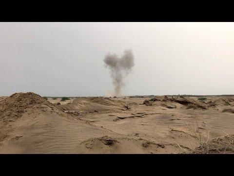 الحوثيون يتخذون المدنيين دروعا بشرية بمحيط مطار الحديدة