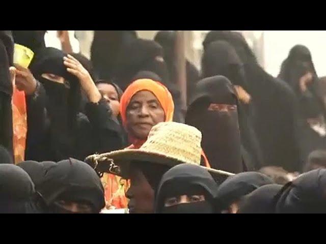Jemen: egyre közelebb ér az ostrom Hudajda kiköt?jéhez
