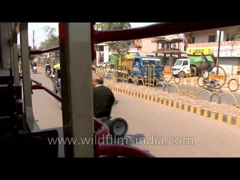 Gwalior city from a moving auto-rickshaw