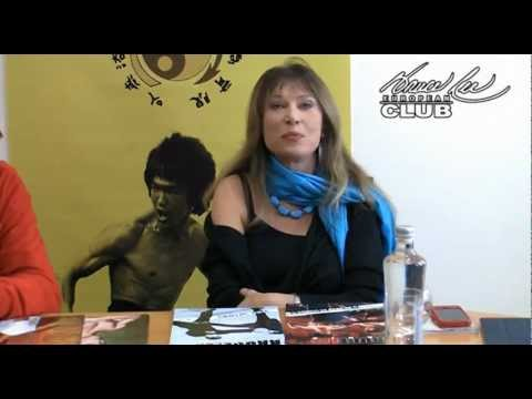 Malisa Longo comments on Bruce Lee Manía and sends greetings to the European Bruce Lee Club.