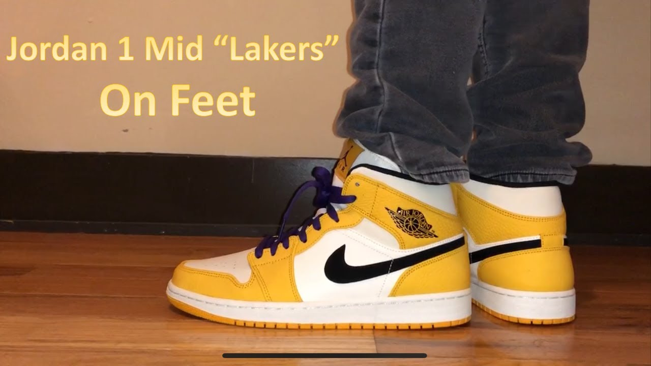 66c5f98ddaa148 Air Jordan 1 Mid SE Lakers On Feet Review - YouTube
