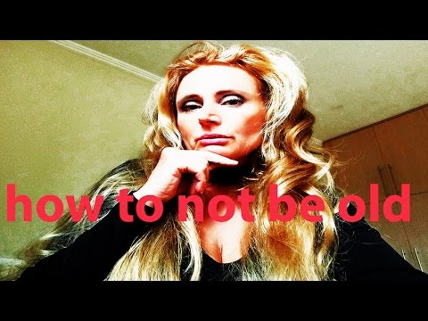 Beauty vlogger spoof / parody