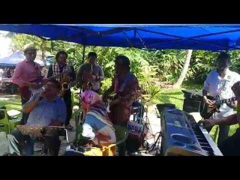 Mencari Sinar Bahagia - Peace Lover Band Feat Hj. Ujang Otai