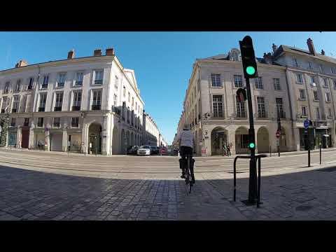 Download Pré-inauguration de la piste bidirectionnelle rue Royale