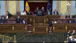 Zamarrón da el relevo a Batet, nueva presidenta del Congreso