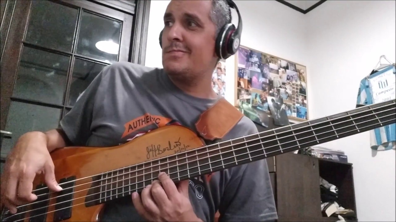 Ed Motta - Smile Marta Bass cover