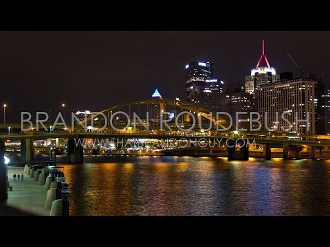 Scenic Night Timelapse of Pittsburgh, Pennsylvania Skyline and River - Royalty Free Stock Footage