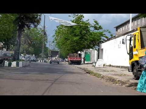 Driving through Moroni, Comoros (1/4) - October, 2016