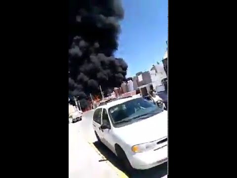 Impresionante explosión e incendio de pipa en la autopista de Celaya - Guanajuato