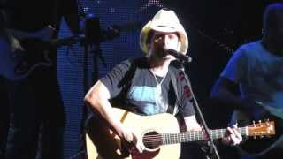 Brad Paisley Whiskey Lullaby