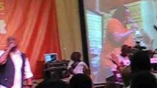 """Kindred The Family Soul Live at Essence Music Festival 2009, """"Far Away"""""""
